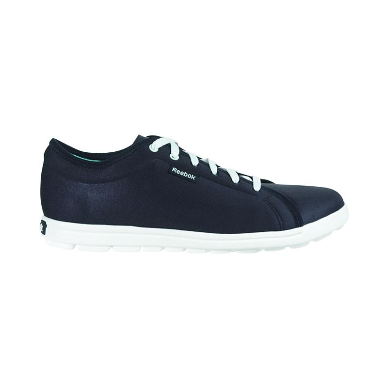 a4a18b48f6f199 Reebok Skyscape Runaround Women s Walking Shoes