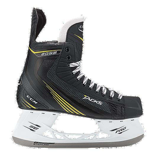 2ea92aef436 CCM Tacks 2052 Senior Hockey Skates