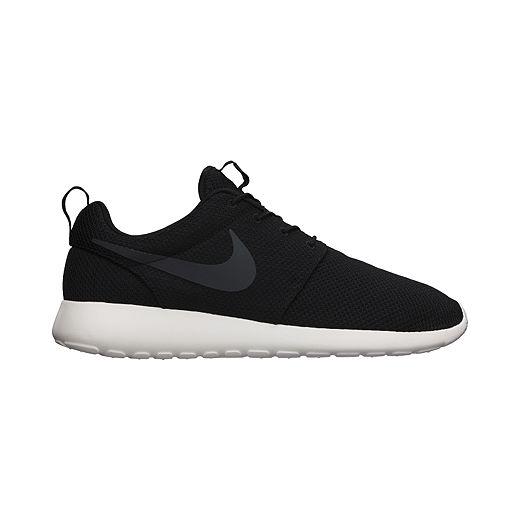 Ciudadano mezclador Caucho  Nike Men's Roshe One Shoes - Black | Sport Chek