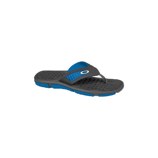843d8e5f4cc Oakley Men s Crater Sandal - Grey Blue