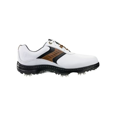 Whether you're shopping for a spikeless golf shoe that you can wear on and off the course; or a classic spiked golf shoe we've got something in-store for you. Be sure to have a look at our clearance golf section for the best deals. Shop golf shoes at Sport Chek.