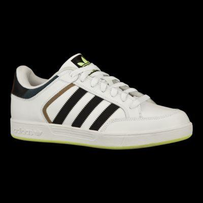 adidas uomini pattinare scarpe bianco / nero varial basso sport chek