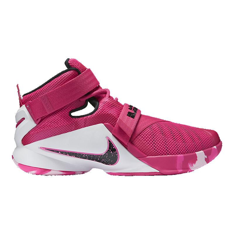Nike Men s LeBron Soldier IX
