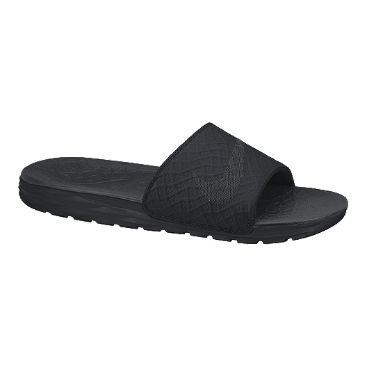22cbff66213f Nike Men s Benassi Solarsoft Slide 2 Sandals - Black