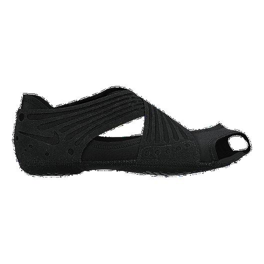 Nike Women's Studio Wrap 4 Studio Shoes Black | Sport Chek