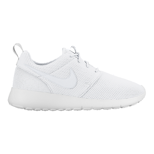 outlet store 0c8c5 91ed3 Nike Girls' Roshe One Grade School Casual Shoes - White/Grey ...