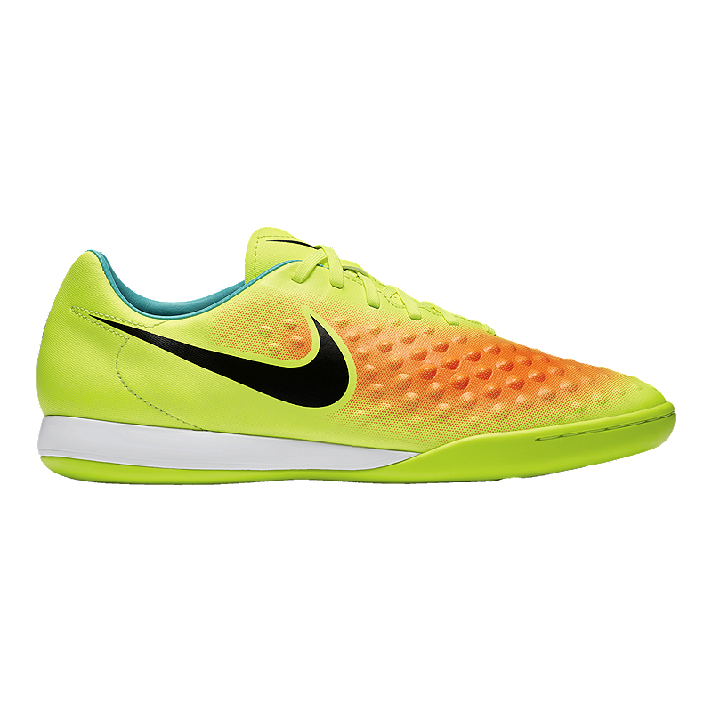 Nike Indoor Spin Shoes