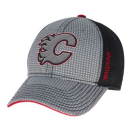Calgary Flames T&T Two Tone Structured Flex Cap