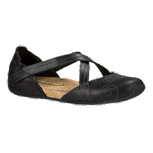 7eba9963d68 Ahnu Women s Karma Latitude Leather Casual Shoes - Black