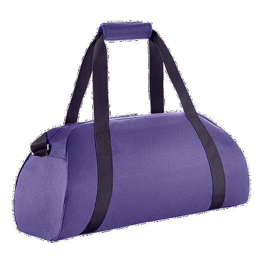 000a2f6d58 Nike Women s Gym Club Duffel Bag - Purple