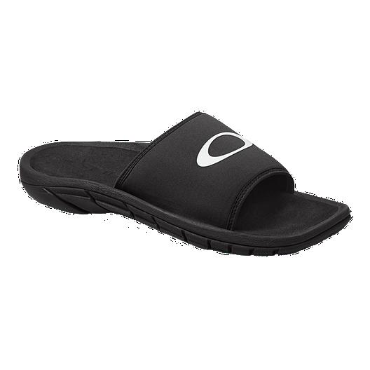 bd1609a37e47 Oakley Men s Supercoil Slide 2.0 Sandals - Black