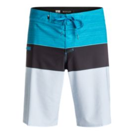 Quiksilver Men's Everyday Blocked Vee 20 Inch Boardshorts - Blue