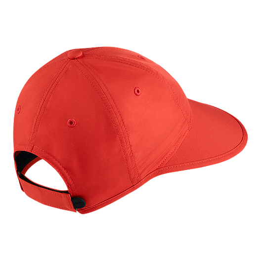 2af313f17f145f Nike Golf Women's Big Bill Hat | Sport Chek