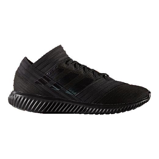 adidas PerformanceNEMEZIZ TANGO 18.1 TR - Sports shoes - core black/footwear white wCVf8v4CS