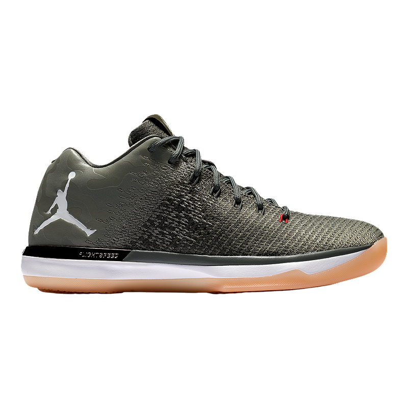 Nike Men s Jordan XXXI Low Basketball Shoes - River Rock Dark Stucco ... 4fd57bde6