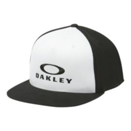 Oakley Men's Silver 110 FlexFit Hat