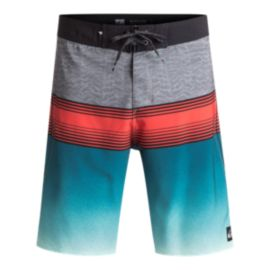 Quiksilver Men's Division Fade 21 Inch Boardshort -  Blue Light