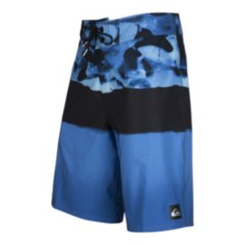 Quiksilver Men's Blocked Resin Camo 20 Inch Boardshorts