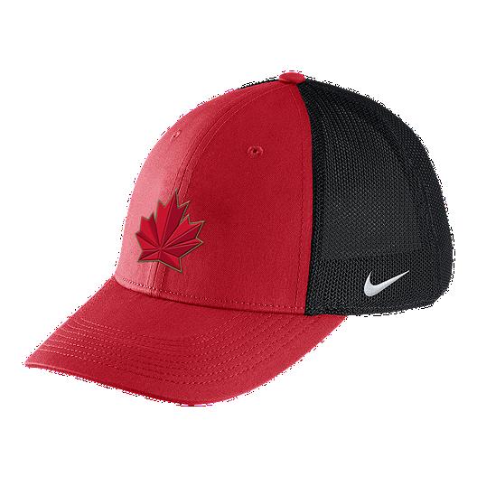 buy popular 2d5c4 0aaa1 Team Canada Nike Aero Mesh Swooshflex Hat   Sport Chek