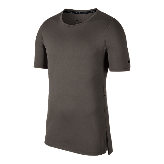c1515b11 Nike Men's Utility Fitted Training T Shirt | Sport Chek