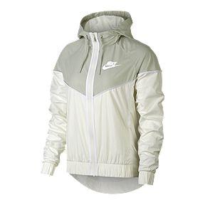 Nike Sportswear Women s Windrunner Jacket aeb58aaa5