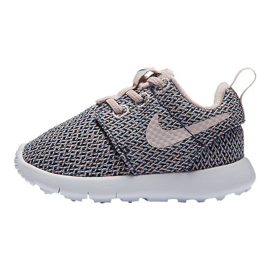 best service 57f08 9aa2a Nike Toddler Girls' Roshe One Shoes - Blush/Navy/White ...