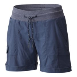 Columbia Women's Pilsner Peak Cargo Shorts - Nocturnal