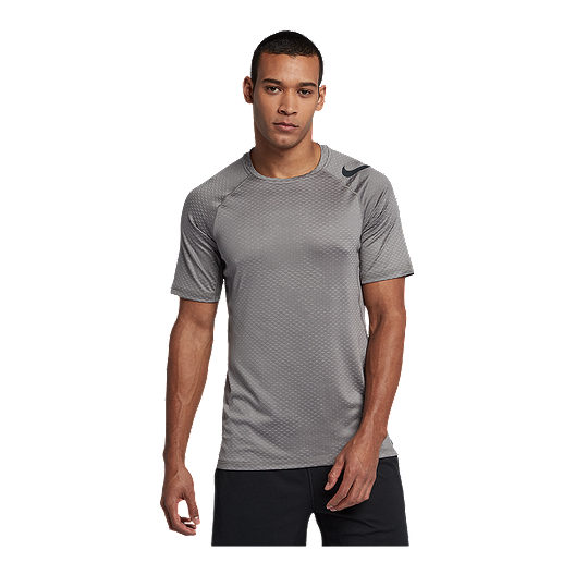 huge selection of 626e0 8e31b Nike Pro Men s Hypercool Fitted Camo T Shirt   Sport Chek