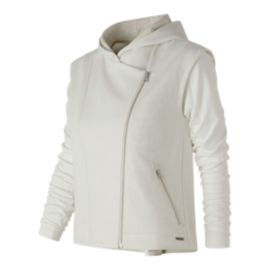 New Balance Women's Studio Evolve Jacket