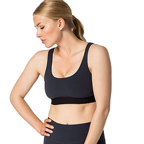 Diadora Luxe Women's Katie Scallop Sports Bra