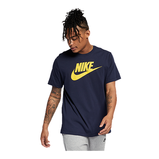 502d7404d2 Nike Sportswear Men s Icon Futura T Shirt