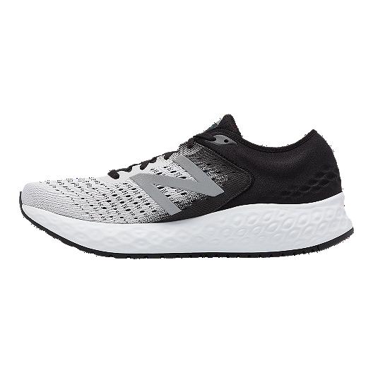 the best attitude 97562 88cfb New Balance Men s 1080 V9 2E Running Shoes - White Black
