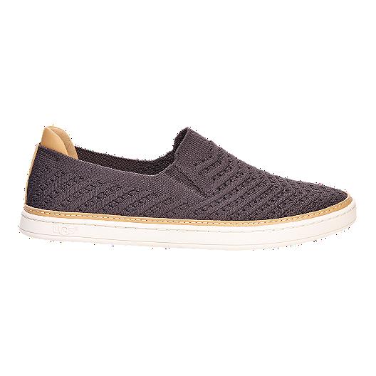 dfed5e048a2 Ugg Women's Sammy Chevron Shoes - Charcoal