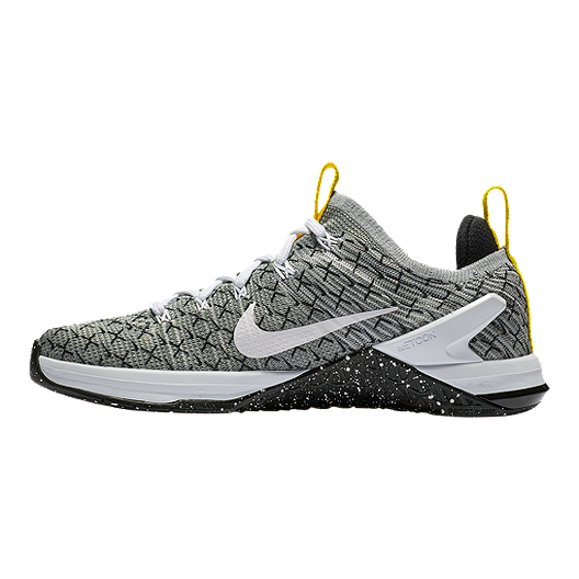 5178f4797ec93 Nike Women s Metcon DSX Flyknit 2 Training Shoes - Black White ...