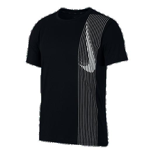 3dae052bb1 Nike Dry Men's T Shirt | Sport Chek