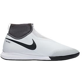 Nike Men s React Phantom VSN Pro Dynamic Fit Indoor Court Shoes- White Black   7e358b33bd0ab