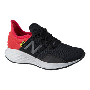New Balance Boys' Fresh Foam Roav Grade School Running Shoes - Black/Energy Red