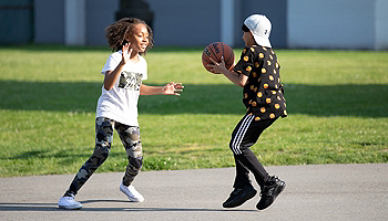 Kids' Basketball Gear & Equipment